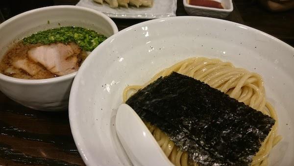 fujiya_01